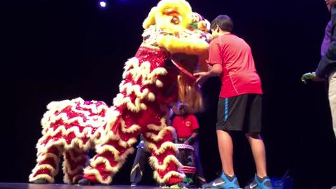 Wong People -Chinese Lion Dance at Pullo Center